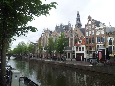 The Oude Kerk (Old Church), located in the Red Light District. (Like I said -- fascinating history.)